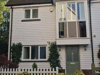 1359**West Malling for school holidays (sleeps7)